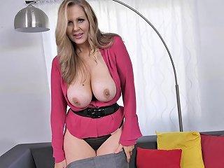 Blonde Slutty Milf With Nice Tits Sucks On A Cock New 3 Jan 2020 Sunporno