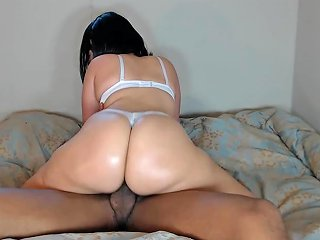 Big Booty White Girl Ride 039 S Bbc W Thong On Amp Gets Cummed In