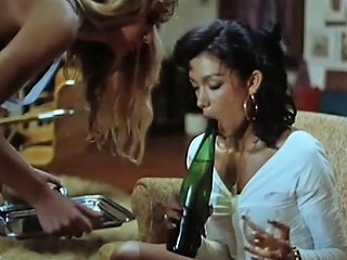 Girls Lesbian Play With The Bottle Of Champagne Porn 21
