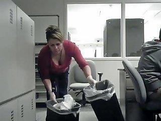 Work Cleaning Lady Cleavage Free Voyeur Porn 5c Xhamster