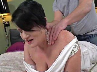 Cock Sucking Gilf Facial