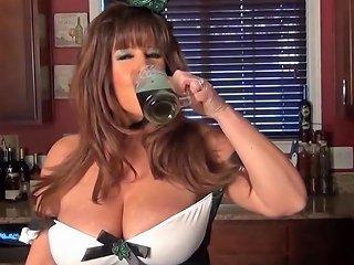 Green Beer Lassie Free Big Tits Porn Video C9 Xhamster