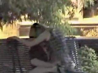 Amateur Voyeur Caught Outdoor Bench Fingering Free Porn E8