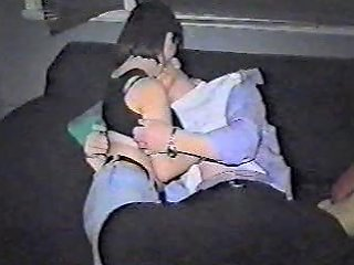 Amateurs Making Up On Coach Free Home Made Porn Video 1b