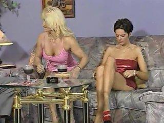 Petra Verdient Sich Den Eintritt In Die Disco Free Porn C9