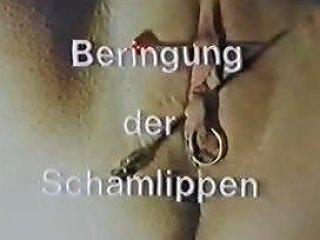 Beringung Der Schamlippen Sklavin Ulrike Porn 03 Xhamster