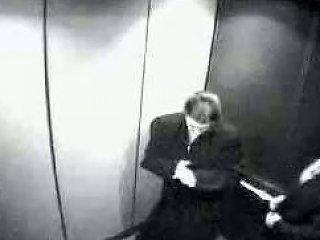 Blowjob In Elevator Free Elevator Blowjob Porn Video 99