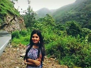 Desi Sunny Leone From Kerala Akka Uyir Mallu Kerala