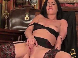 Slutty Step Mom Crystall Anne Gives Handjob Good Teen Stepson Porn Video 151