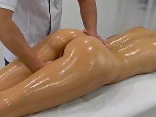 Ultimate Fingering Massage Bonus Squirt