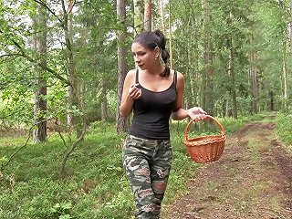 Quad Bike Riding Ends Up As A Pussy Licking Session In The Forest