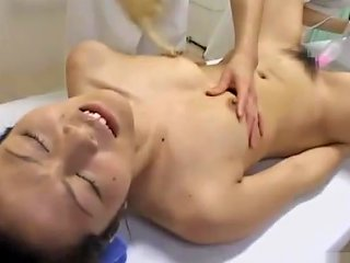 Asian Girl Fucked With Toy Fingered By 2 Masseuses While Steam Comming To H