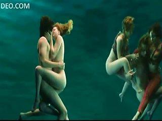 Evan Rachel Wood Totally Naked Underwater