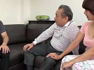 Asian Mom Craves For Hard Cock In Her Hairy Twat New 16 Aug 2018 Sunporno