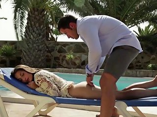 Naughty Brunette Seduced Into Outdoor Fingering And Erotic Pussy Licking New 9 Sep 2019 Sunporno