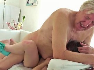 Old Goes Young Luna Rival Gets Fucked While She Vacuums The Rug