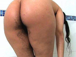 Scary Hairy Rani Takes A Bath Upornia Com