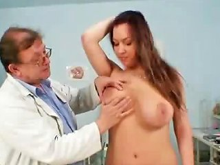 Busty Andrea Pussy Speculum Examination By Old Gyno Doctor Drtuber