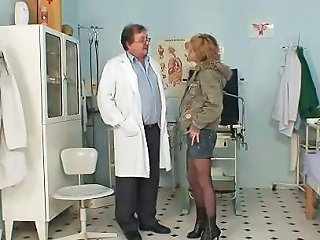 Skinny Milf Pussy Gyn Exam By Kinky Doctor Drtuber