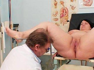 Full Gyno Exam With Horny Mature