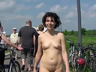 Miriam Naked In Public Places Txxx Com