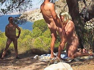 Couple Devant Un Voyeur Hdzog Free Xxx Hd High Quality Sex Tube