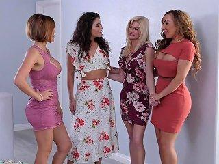 Lesbian Model Krissy Lynn Enjoys Having Nice Sex With Serene Siren