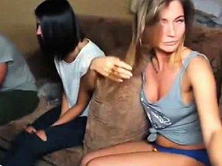Nice Big Boobs Girl Threesome Sex Drtuber