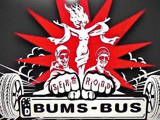Bums Bus Deutsch Redhead Babe Im Bus Angespritzt